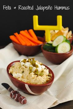 Feta & Roasted Jalapeño Hummus - A slightly spicy, tangy and cheesy hummus perfect for gameday!!