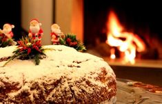 Vasilopita is one of the most delicious traditions in Greece. Do you know its historic significance . and above all, have you ever tasted vasilopita? Greek Christmas, Christmas Baking, Christmas Holidays, Greek Recipes, Wine Recipes, Xmas Photos, Greek Restaurants, Fun Desserts, The Best