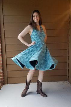 Vogue 8727 with Blue Fan Lace from Fabric Mart Fabrics Blue Lace, Amanda, Lace Dress, Vogue, Pattern, How To Make, Fabrics, Fan, Dresses