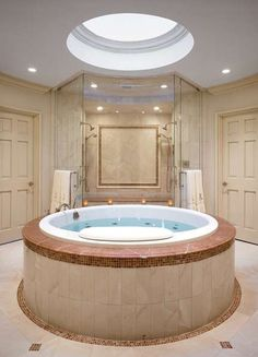 Super Jacuzzis | The Most Beautiful Things