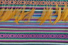 mexicaanse stof met veren, like! Te bestellen bij mintyrose