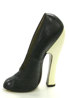 1940 Vintage Shoe.  Do you think someone actually walked around with these on her feet?