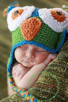 LOVE owl hats on babies :)
