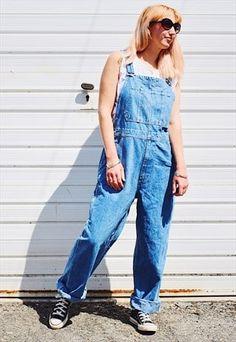 Vintage indigo blue denim dungarees overalls with adjustable straps and multiple pockets, Waist Hips Leg Unisex with zip fly. Model is Denim Dungarees, Overalls, Colored Denim, Blue Denim, Cat Workwear, Indigo Blue, Work Wear, Jumpsuit, Spring Summer
