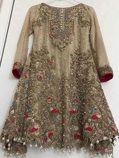 Honordresses is an excellent online clothing store. You will have all the clothes you need at a good price.Welcome to buy, secure payment and fast delivery. Pakistani Party Wear, Pakistani Wedding Outfits, Pakistani Dress Design, Pakistani Dresses, Indian Dresses, Indian Outfits, Stylish Dresses, Fashion Dresses, Ootd Fashion