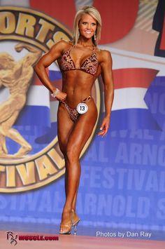 Nicole  Wilkins - IFBB Arnold Classic