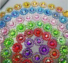 SALE 40% off 50 Flower Acrylic rhinestone,  Cabochon Embellishments, Scrapbooking, Cell Phone Decode