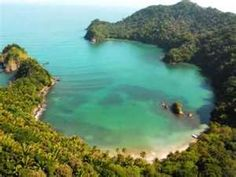 Puerto Escondido, Tela Honduras....can take this off my bucket list! taking dirk here for his xmas present!!!!