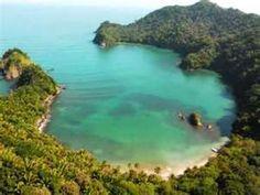 Puerto Escondido, Tela Honduras....can take this off my bucket list! taking dirk here for his xmas present!!!!