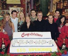 9 Unseen Pictures Of The Friends Cast On Set Serie Friends, Friends Cast, Friends Episodes, Friends Moments, Friends Tv Show, Friends Forever, Friends Season, Best Tv Shows, Best Shows Ever
