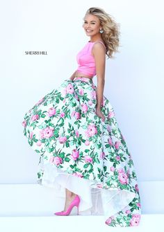 Sherri Hill dresses are designer gowns for television and film stars. Find out why her prom dresses and couture dresses are the choice of young Hollywood. Elegant Dresses, Pretty Dresses, Beautiful Dresses, Formal Dresses, Sherri Hill Prom Dresses, Homecoming Dresses, Buy Dress, Dress Up, Beauty