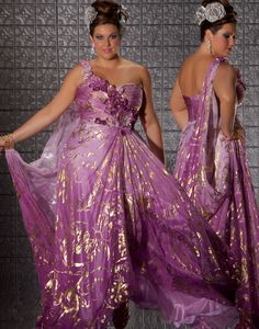 6780dbebd47 Fabulouss Plus Size at Prom Dress Shop I d wear this style for being a  faerie queen