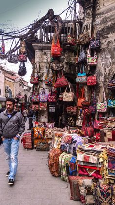 Aah. If I could only go shopping here!! Grand Bazaar, Istanbul