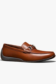 You think you know shoes? Me Too Shoes, Shoe Boots, Shoes Sandals, Dress Shoes, Shoe Wall, Gucci Boots, Athletic Shoes, Athletic Wear, Driving Loafers
