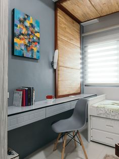 Don't let clutter stop you from having a cozy and functional haven. Here are 8 storage ideas to help you. Condo Interior Design, Condo Design, Floor Space, Stunning View, Dorm Room, House Tours, Tiny House, Layout, The Unit