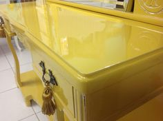 Ateliando - Customização de móveis antigos: Penteadeira Art Deco Mostarda  Laca colorr provençal