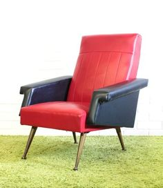Ooh la la - how chic and cool is this stunning French #vintage vinyl cocktail armchair on #Preloved?