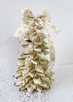 diy-ribbon-christmas-tree-6