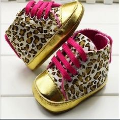 I just added this to my closet on Poshmark: Soft Girl Pink Leopard Bootie Crib Shoes. Price: $10 Size: 1BB