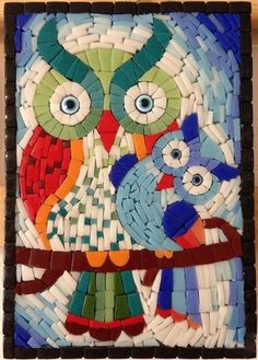 mosaic owl eyes saved by Elizabeth Owl Mosaic, Mosaic Birds, Mosaic Wall, Mosaic Glass, Stained Glass, Glass Art, Mosaic Crafts, Mosaic Projects, Art Projects