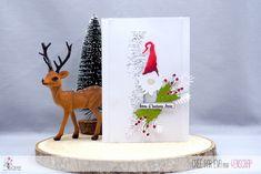 "Eva : #Tampons et #matrices de coupe #dies #4enSCRAP ""Les petits #Lutins"" #hiver #scrapbooking #DIY #loisirscréatifs #carte #carterie Tampons Transparents, Christmas, Cards, Scrapbooking Diy, Ink Stamps, Pixies, Peek A Boos, Travel, Xmas"