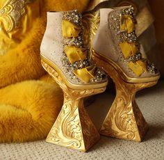 iiiinspired-_-guo-pei-+-fashionhorrors-1