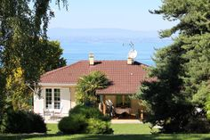 House for sale in EVIAN LES BAINS - Haute Savoie - Beautiful Villa Property - Stunning Views over Lake Leman - Proximity to Golf - Income Generating - Evian-Les-Bains France REF: 68046NJO74 | [13319]