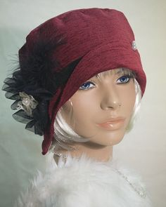 Vintage inspired 1920s wine chenille cloche/ flapper  hat