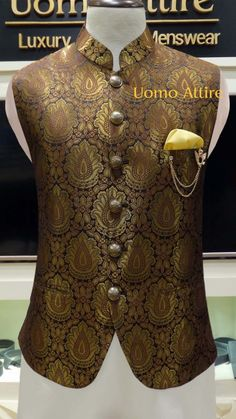 Get customized mens stylish waistcoat for your mehndi occasion, Exclusive designs of awami waistcoats in Jamawar & Tropical fabric available at Uomo Attire-Luxury Bespoke Menswear. Sherwani For Men Wedding, Wedding Dresses Men Indian, Wedding Dress Men, Nigerian Men Fashion, Indian Men Fashion, Mens Fashion Wear, Nehru Jacket For Men, Waistcoat Men, Nehru Jackets