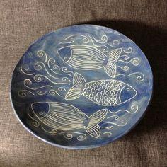 Most current Totally Free Ceramics plates sgraffito Popular Keramische Fischteller – Foter – Pottery Painting, Ceramic Painting, Ceramic Art, Painted Ceramic Plates, Ceramic Pottery, Sgraffito, Animal Plates, Clay Fish, Fish Design
