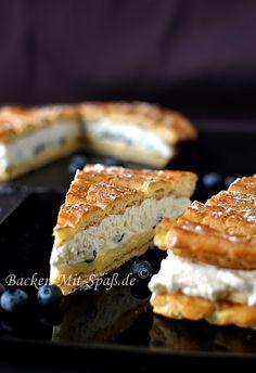 Brandteigtorte mit Crème Pâtissière und Beeren