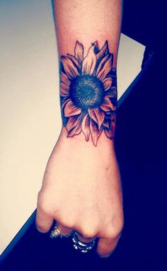 Cool Sunflower Arm Tattoo Ideas for Women – Realistic Beautiful Flower Forearm T… Sunflower tattoo – Fashion Tattoos Cover Up Tattoos For Women, Shoulder Tattoos For Women, Wrist Tattoos For Women, Cute Tattoos For Women, Arm Tattoos For Girls, Girl Wrist Tattoos, Inner Wrist Tattoos, Best Cover Up Tattoos, Unique Wrist Tattoos