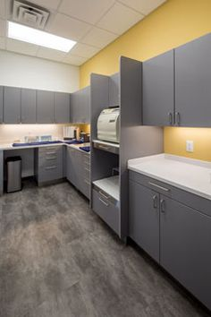 Lakeland Family Dental. A little color highlights the sterilization area making it warm and welcoming, not antiseptic.