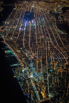 Manhattan at night by Vincent Laforet