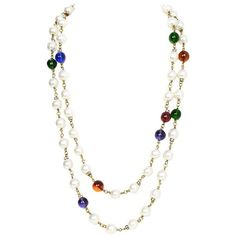 Preowned Chanel Vintage '90s Pearl And Glass Bead Double Strand... ($1,800) ❤ liked on Polyvore featuring jewelry, necklaces, beige, pearl necklace, white pearl necklace, double strand necklace, pearl jewelry and chanel jewellery