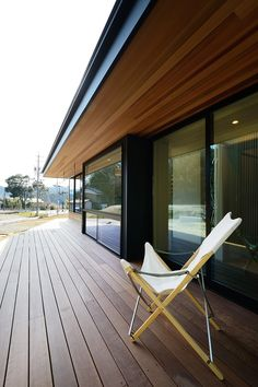 Exterior Siding Options, Exterior House Colors, Interior And Exterior, Soffit Ideas, Privacy Fence Designs, House Cladding, Hillside House, House Extensions, Wooden House