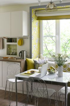 Two Different Springtime Themes In Two Small Apartments | Small Apartments,  Apartments And Interiors