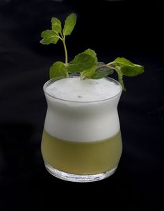 BUMBLEBEE FLIP 6-8 Mint Leaves 1.5 oz Bulldog Gin 1 Egg White 0.5 oz Fresh Lemon 1.0 oz Honey Syrup Top (or Rim) with Lavender Sugar Served on the Rocks