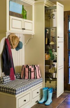 spring cleaning mudroom organization