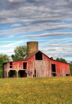 I've always been fond of old, red barns.  This beauty has been abandoned in Virginia.
