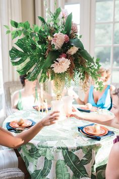 Southern Savvy Events | Golden Girls Inspired Bridal Luncheon | Centerpiece | Palm Leaf Centerpiece | Dahlia Centerpiece | Tabletop | Palm Frond Linen | Wooden Plates | Bridal Luncheon | Wedding Party | Bridal Shower | Navy, Pink & Green | Toasting
