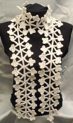 Stylish necklace...  Bufanda de estilo...