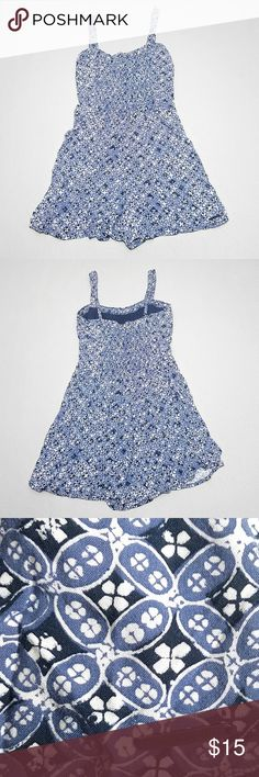"""Abercrombie Fitch Womens Romper Small Blue Floral Abercrombie Fitch Womens Romper Small Blue Abstract Floral Print Smocked *excellent condition* Seam to seam across waist: 15"""" Seam to seam across waist: 12.5"""" Inseam: 2"""" Top of shoulder to bottom (length): 30.5"""" Abercrombie & Fitch Pants Jumpsuits & Rompers"""