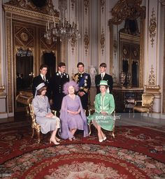 getty: Buckingham Palace, August 4, 1980-80th birthday of Queen Elizabeth the Queen Mother, shown here with her grandchildren-seated Lady Sarah Armstrong-Jones, Queen Mother, Princess Anne; standing-David, Lord Linley, Prince Andrew, Prince of Wales, Prince Edward