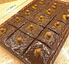 Çikolata Soslu Islak Kek - Nefis Yemek Tarifleri - pukumutfakta Iftar, Desserts, Food, Tailgate Desserts, Meal, Dessert, Eten, Meals, Deserts