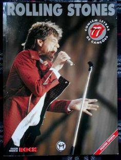 Livro dos Stones em português lusitano, ora pois!  Em mais de 50 anos de carreira, os Stones continuam no sucesso. parte dele está registrado nesse livro ilustrado, contando um pouco sobre essa que é uma dos maiors grupos de Rock de todos os tempos!  Livro The Rolling Stones  Ano 1995 Editora La Mascara País: Portugal  80 páginas medidas: 21 X 28 cm