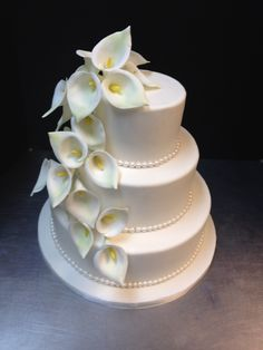 Calla lilies and pearls