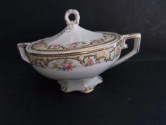 W.H.Grindley China GR1404 Covered Sugar Bowl Footed Rose Gold trim Hanldes #Grindley