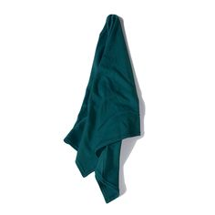 Our t-shirt hair towel wrap teal protects hair from damage and reduces frizz. It is 100% cotton, lightweight and extremely absorbent. You can also wear this towel as a head scarf.  #hair #naturalhair #curlyhair #hairtips #hairproducts #huffintgonpost #mode #afrobella #beauty #style #handmade #etsy #breezytee