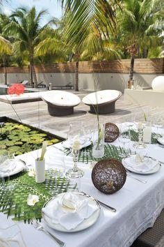 Luxury Destination wedding - tropical Chic caribbean #stbarth #wedding style #goldnguestevents